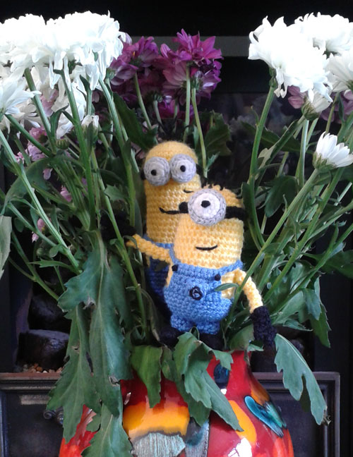 Crochet minions in flowers
