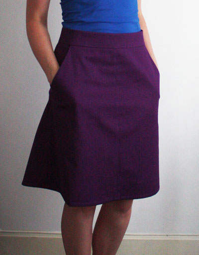 Ginger skirt with pockets front view