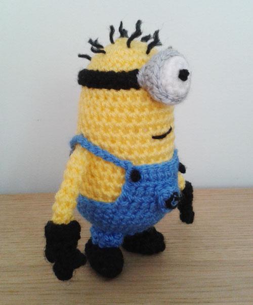 Crochet minion side view