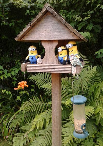 Crochet minions bird watching