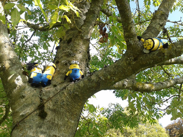 Minions in a tree