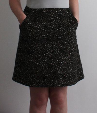 A line skirt hip pockets