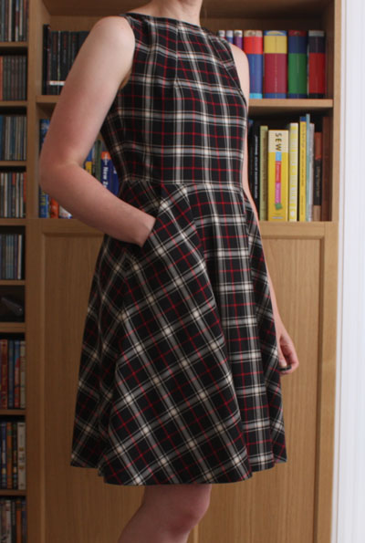 Neck pleat dress profile